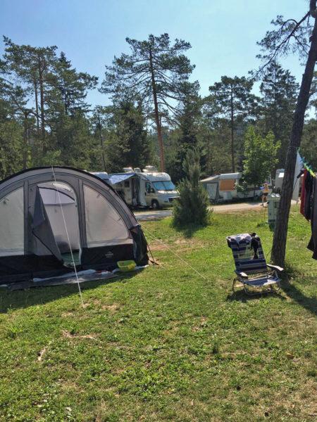 Els Markink Op vakantie Tent 1