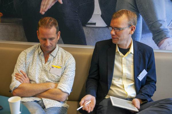Arjan Jonker interviewt deelnemers
